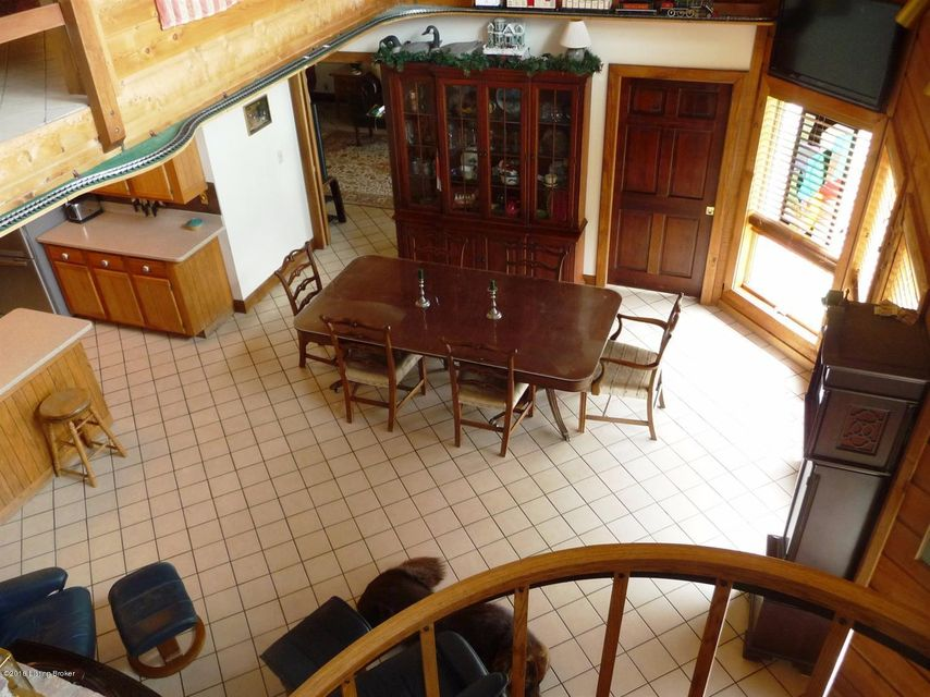 Additional photo for property listing at 1801 Fox Creek Road  Lawrenceburg, Kentucky 40342 United States