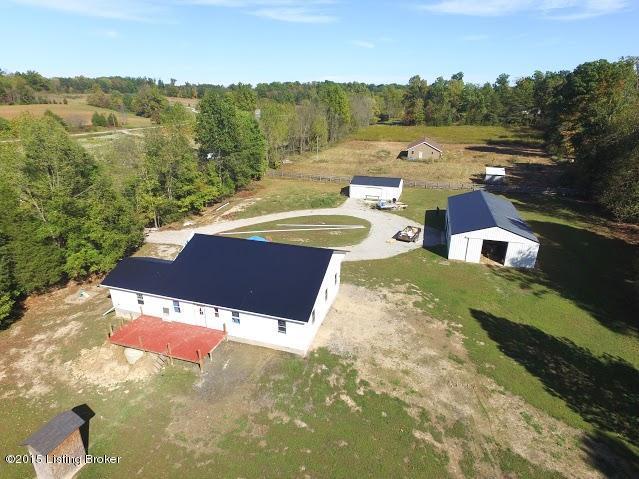 Additional photo for property listing at 10351 E Smith Road 10351 E Smith Road Scottsburg, Indiana 47170 United States