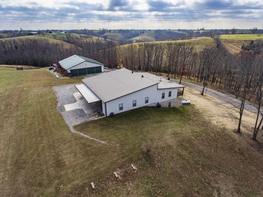 Additional photo for property listing at 110 Pilots Driveeam Drive  Dry Ridge, Kentucky 41035 United States