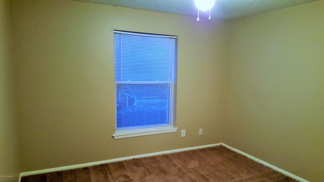 Additional photo for property listing at 2108 Vernon Court  Louisville, Kentucky 40206 United States