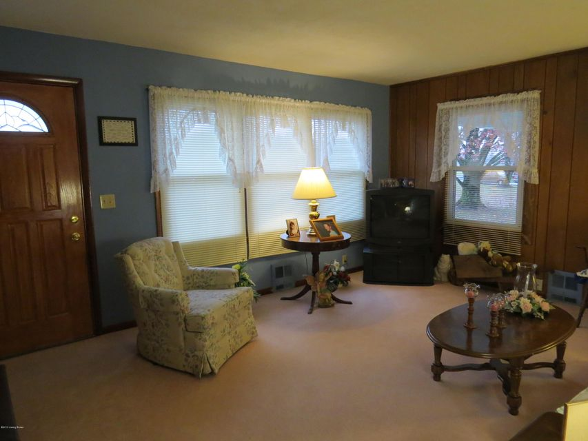 Additional photo for property listing at 7827 N Highway 421 7827 N Highway 421 Milton, Kentucky 40045 United States