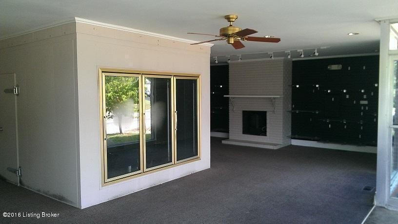 Additional photo for property listing at 1200 Barret Avenue  Louisville, Kentucky 40204 United States
