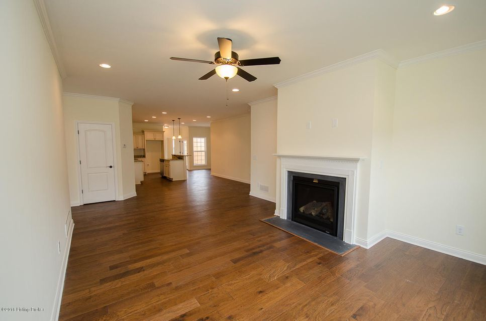 Additional photo for property listing at 1036 Classic Way  Louisville, Kentucky 40245 United States