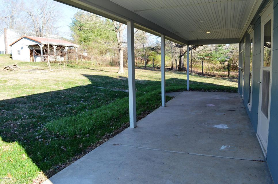 Additional photo for property listing at 1740 Martin Road 1740 Martin Road Georgetown, Indiana 47122 United States