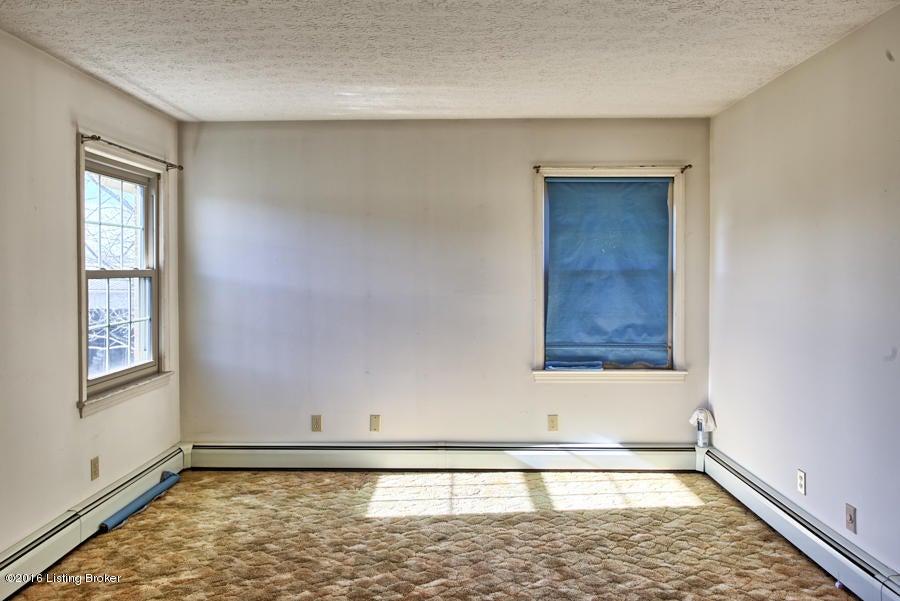 Additional photo for property listing at 4021 LaGrange Road  Smithfield, Kentucky 40068 United States