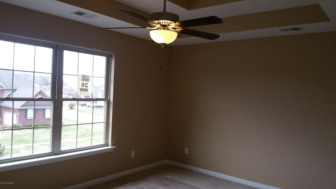 Additional photo for property listing at 176 Mallard Lake Blvd  Shepherdsville, Kentucky 40165 United States