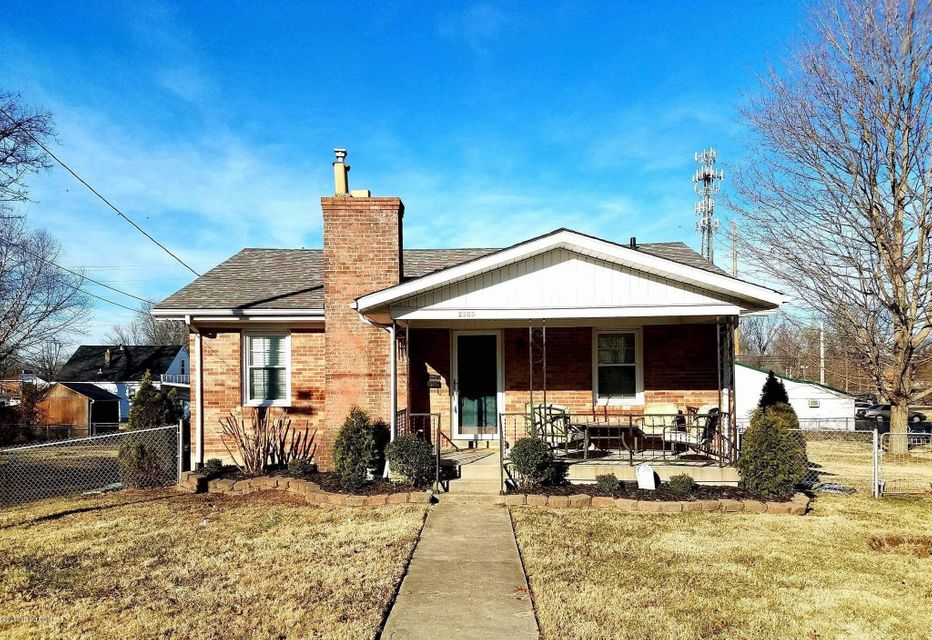 Single Family Home for Sale at 2505 Elmhurst Avenue Louisville, Kentucky 40216 United States