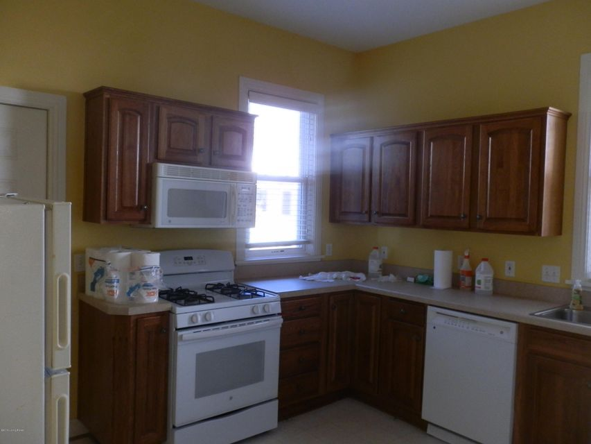 Additional photo for property listing at 1847 Edgeland Avenue  Louisville, Kentucky 40204 United States
