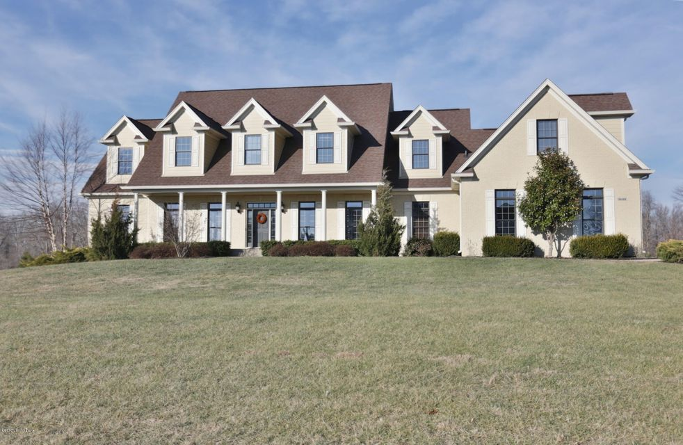 Single Family Home for Sale at 9608 West Side Court 9608 West Side Court Crestwood, Kentucky 40014 United States