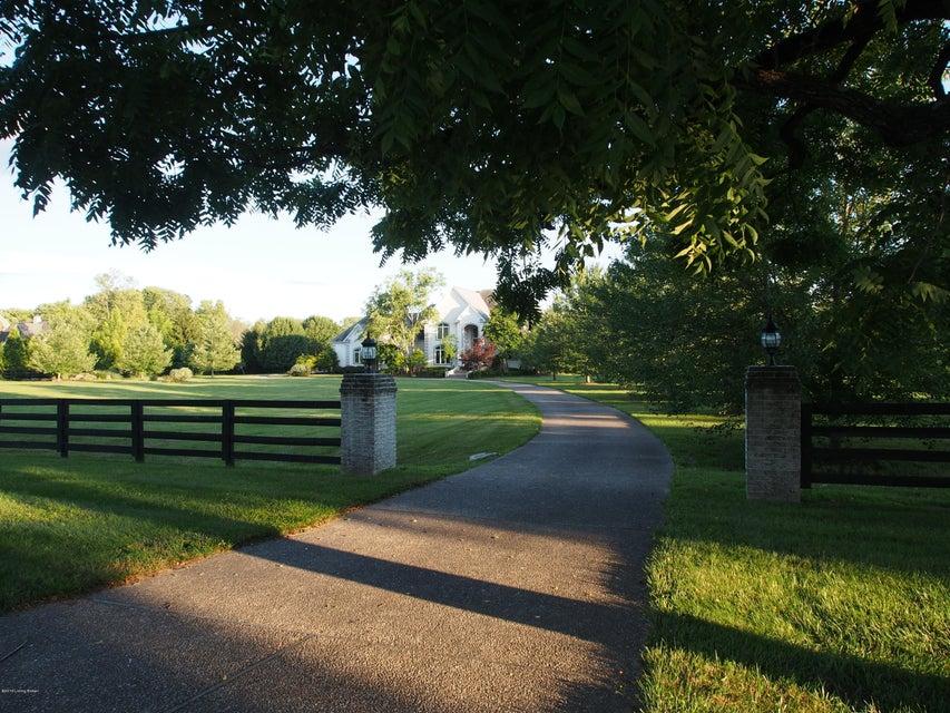 Single Family Home for Sale at 13908 River Glen Lane Prospect, Kentucky 40059 United States