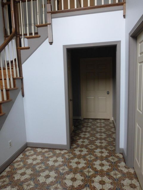 Additional photo for property listing at 2311 Fallsview Road  Louisville, Kentucky 40207 United States