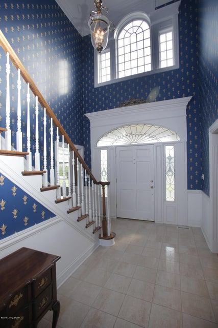 Additional photo for property listing at 18400 Bridgemore Lane 18400 Bridgemore Lane Louisville, Kentucky 40245 United States