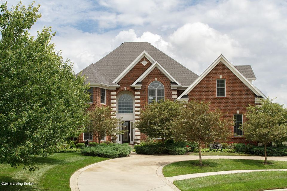 Single Family Home for Sale at 6302 Innisbrook Drive Prospect, Kentucky 40059 United States