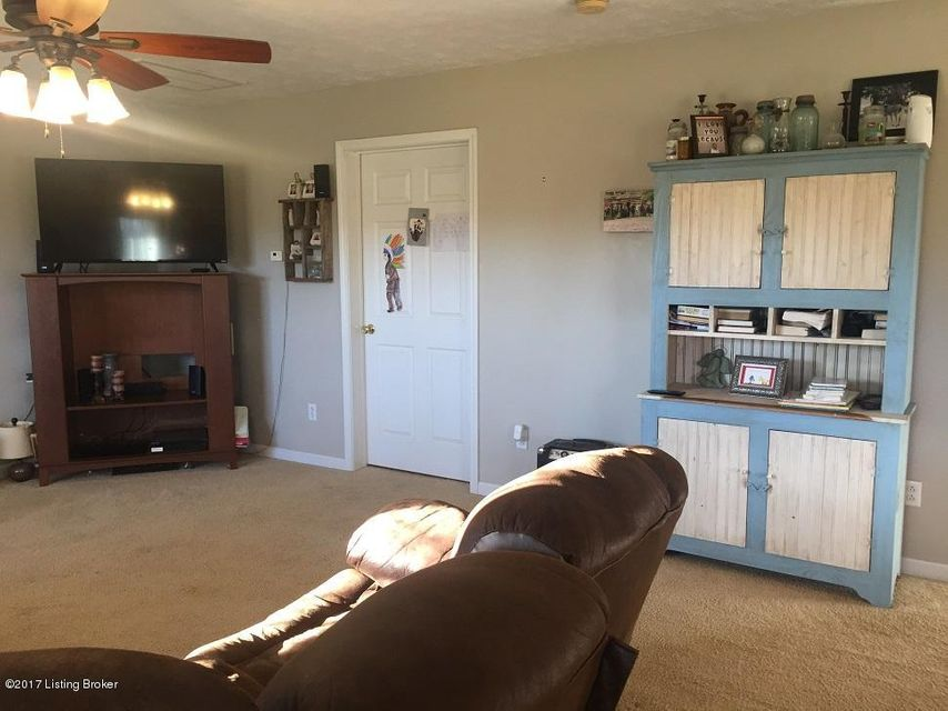 Additional photo for property listing at 2207 Rabbit Flat Road  Caneyville, Kentucky 42721 United States