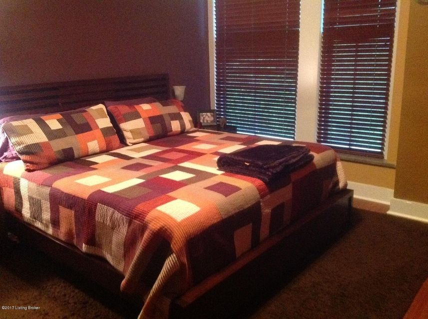 Additional photo for property listing at 2525 George Rogers Clark Place  Louisville, Kentucky 40206 United States