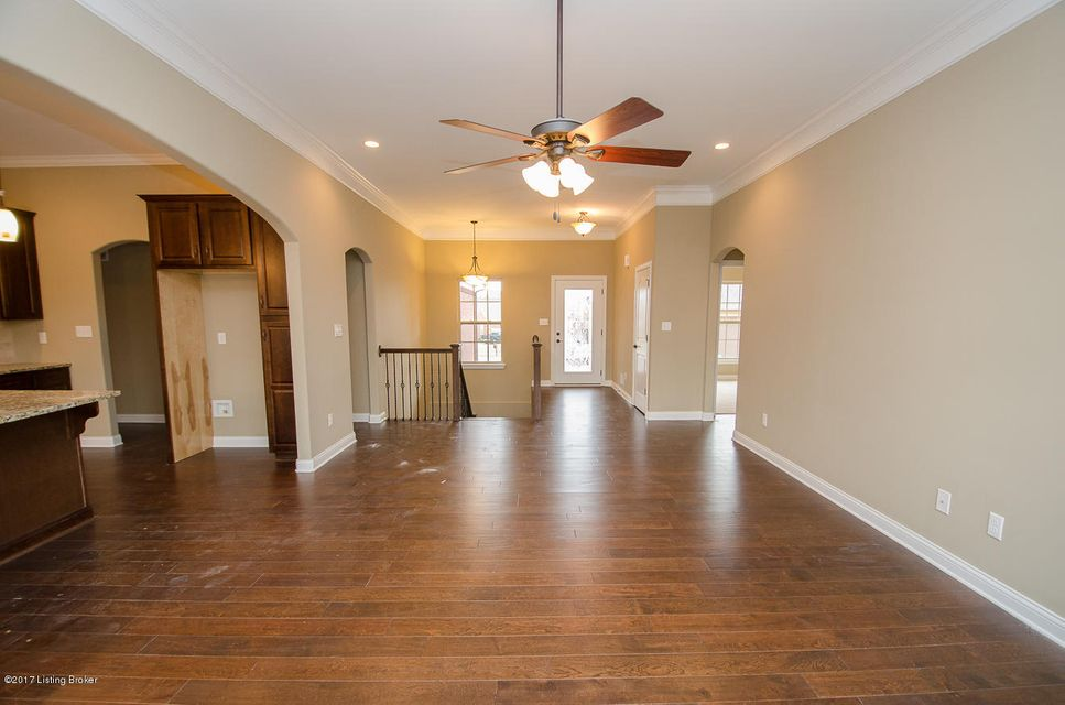 Additional photo for property listing at 10700 Lauren Place  Louisville, Kentucky 40291 United States