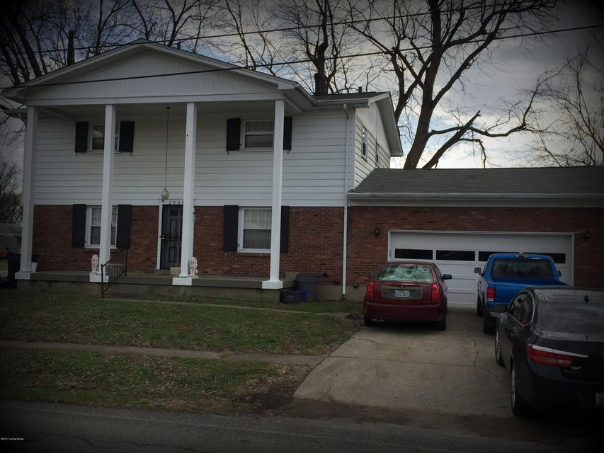 Additional photo for property listing at 2008 Mary Catherine Drive  Louisville, Kentucky 40216 United States