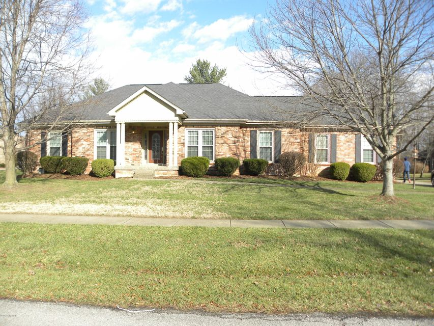Single Family Home for Sale at 9511 Corinthian Drive Jeffersontown, Kentucky 40299 United States