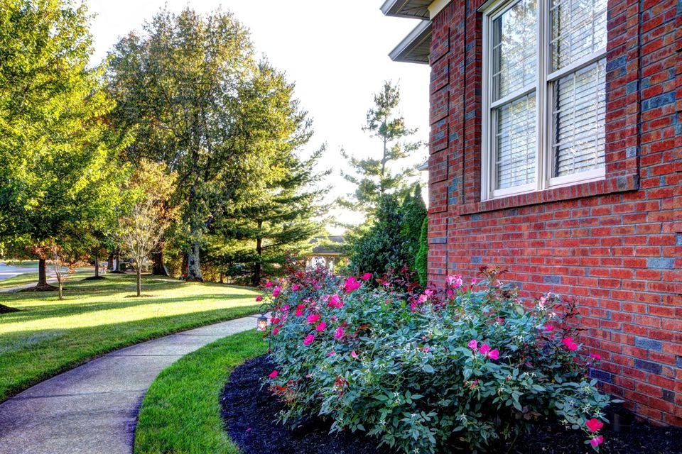 Additional photo for property listing at 12511 Ridgemoor Drive  Prospect, Kentucky 40059 United States