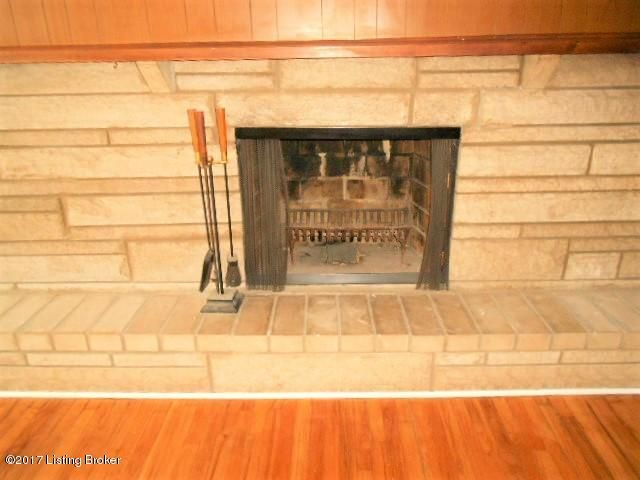 Additional photo for property listing at 7504 River Road  Prospect, Kentucky 40059 United States