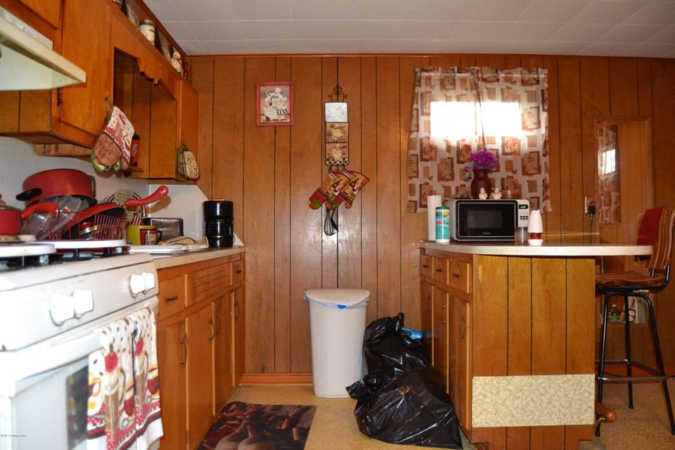 Additional photo for property listing at 766 N Logsdon Pkwy  Radcliff, Kentucky 40160 United States
