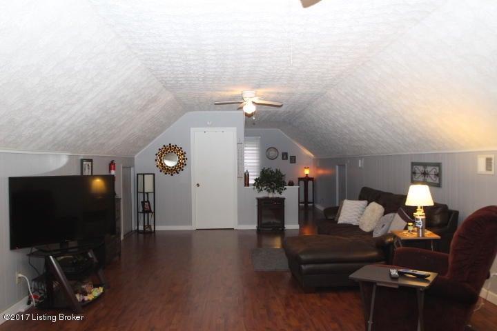 Additional photo for property listing at 201 Whitney Avenue  Lawrenceburg, Kentucky 40342 United States