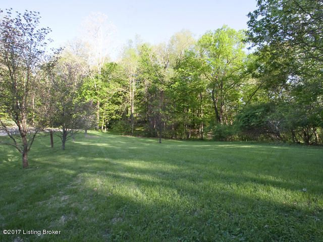 Additional photo for property listing at 11608 Tenderfoot  Prospect, Kentucky 40059 United States