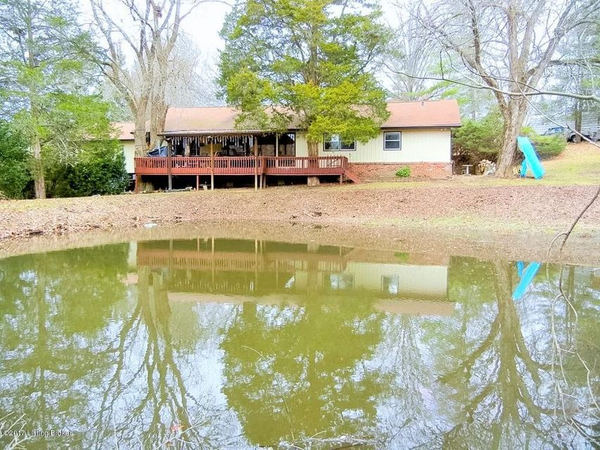 Single Family Home for Sale at 4201 Evergreen Road Crestwood, Kentucky 40014 United States