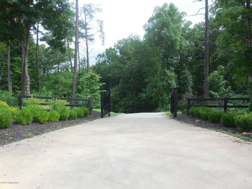 Additional photo for property listing at 3 Greensward V  Clarkson, Kentucky 42726 United States