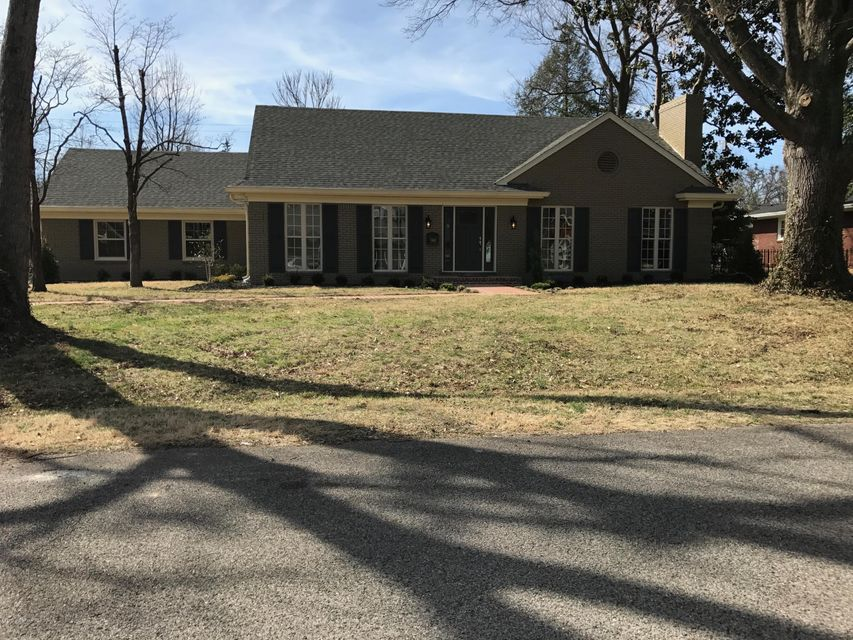 Single Family Home for Sale at 606 Cressbrook Drive Louisville, Kentucky 40206 United States