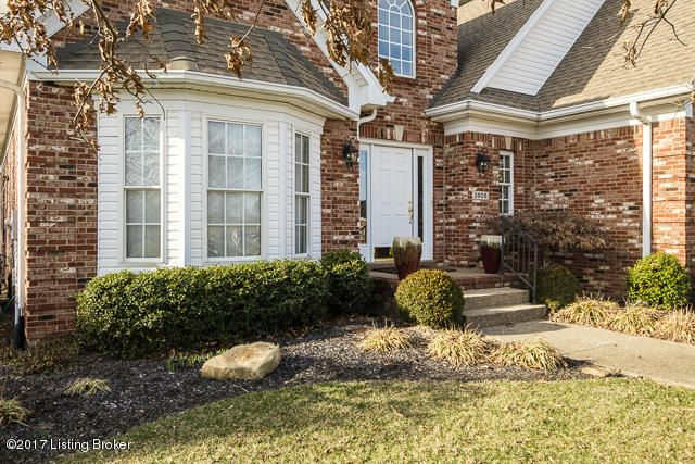 Additional photo for property listing at 3908 Smith Grove Way  Louisville, Kentucky 40245 United States