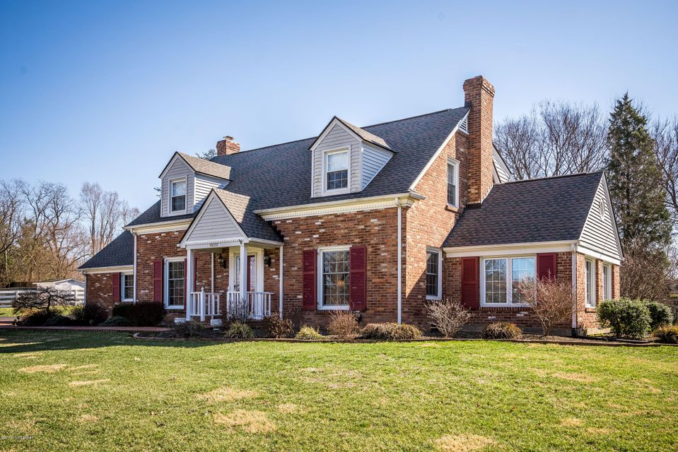 Single Family Home for Sale at 9600 Seatonville Road Louisville, Kentucky 40291 United States