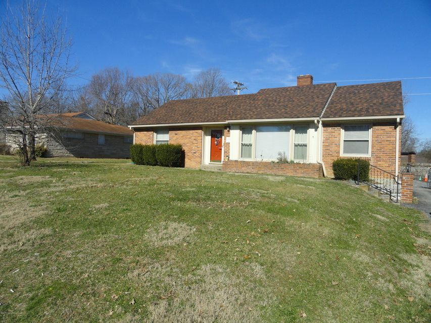 Additional photo for property listing at 1020 Iroquois Trail  Frankfort, Kentucky 40601 United States