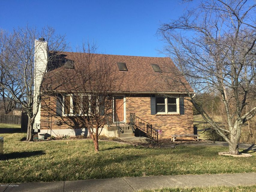 Single Family Home for Sale at 8919 Gutenberg Road Jeffersontown, Kentucky 40299 United States