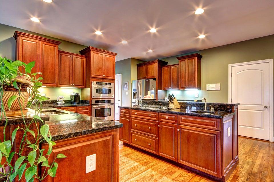 Additional photo for property listing at 3800 Ballard Woods Court  Smithfield, Kentucky 40068 United States