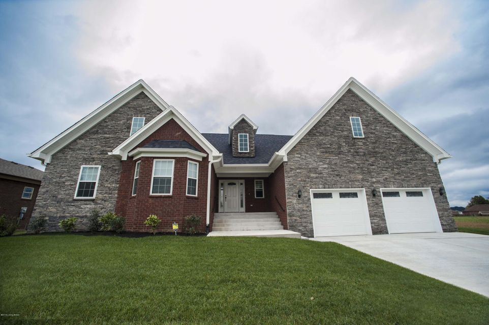 Single Family Home for Sale at 1032 SHADY BROOK Lane Louisville, Kentucky 40229 United States