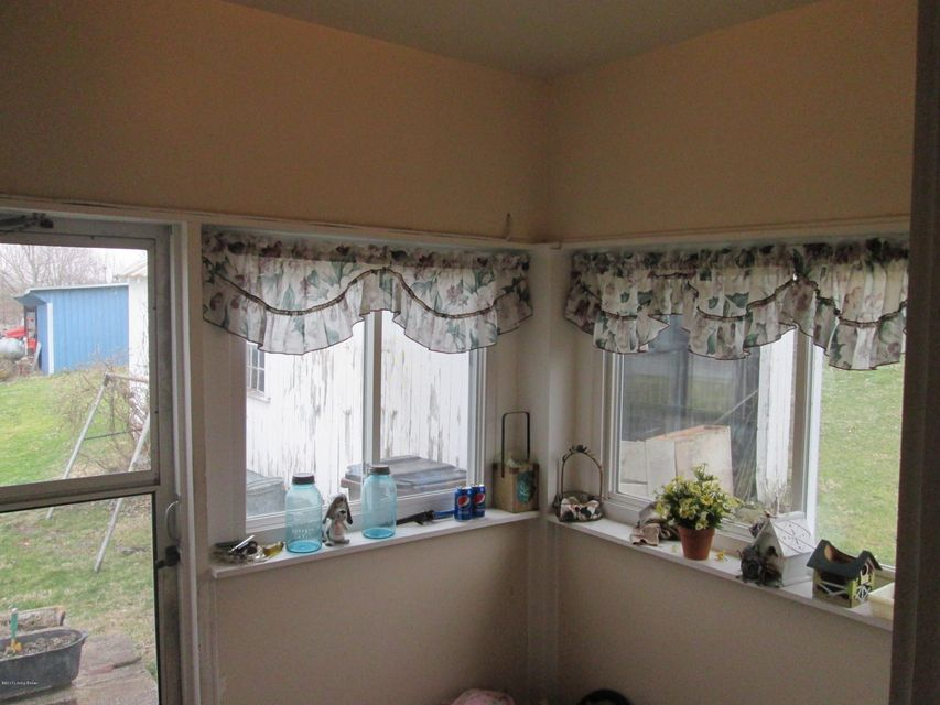 Additional photo for property listing at 225 College Street  New Castle, Kentucky 40050 United States
