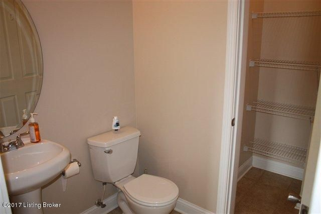 Additional photo for property listing at 118 Burgundy Court  Vine Grove, Kentucky 40175 United States