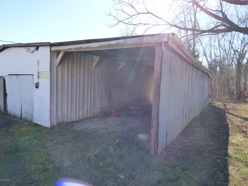 Additional photo for property listing at 659 Bob Jeff  Shelbyville, Kentucky 40065 United States