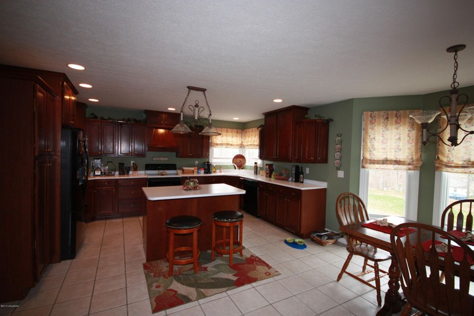 Additional photo for property listing at 477 Logan Lane  Leitchfield, Kentucky 42754 United States