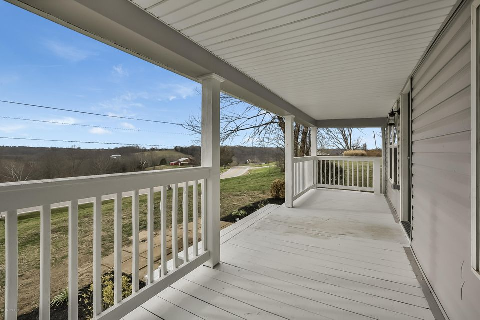 Additional photo for property listing at 9579 Mt Eden Road  Waddy, Kentucky 40076 United States