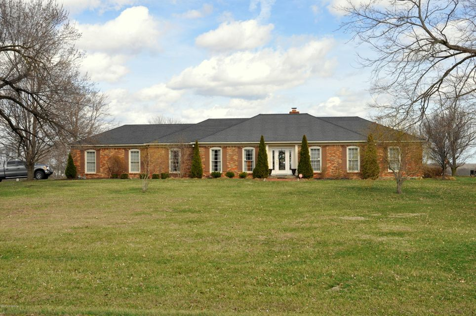 Single Family Home for Sale at 6502 Hwy 421 S Bedford, Kentucky 40006 United States