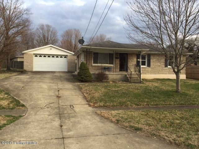Single Family Home for Sale at 5811 Dellrose Drive Louisville, Kentucky 40258 United States