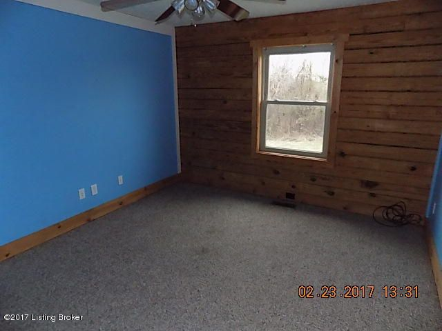 Additional photo for property listing at 139 Fairgrounds Road  Taylorsville, Kentucky 40071 United States