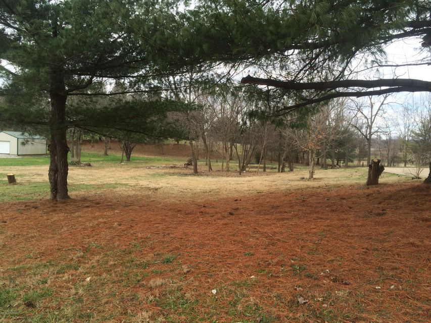 Additional photo for property listing at Tammy  Shepherdsville, Kentucky 40165 United States