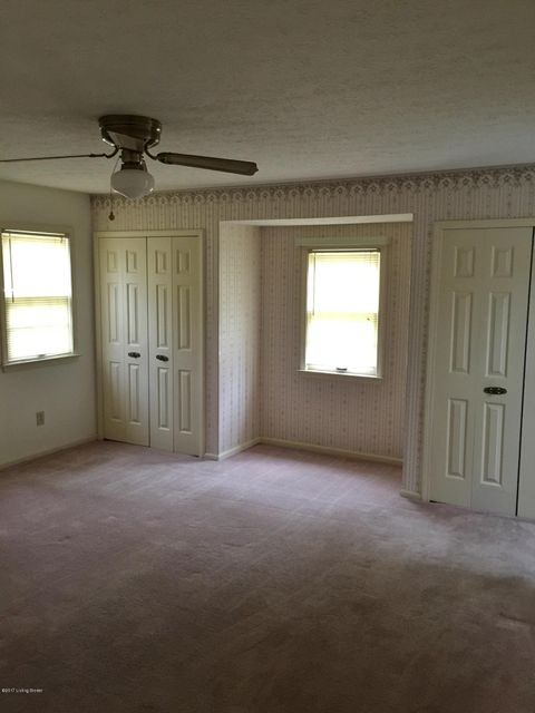 Additional photo for property listing at 1914 Palatka Road  Louisville, Kentucky 40214 United States