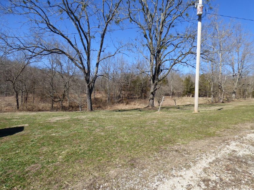 Additional photo for property listing at 659 Bob Jeff Road  Shelbyville, Kentucky 40065 United States