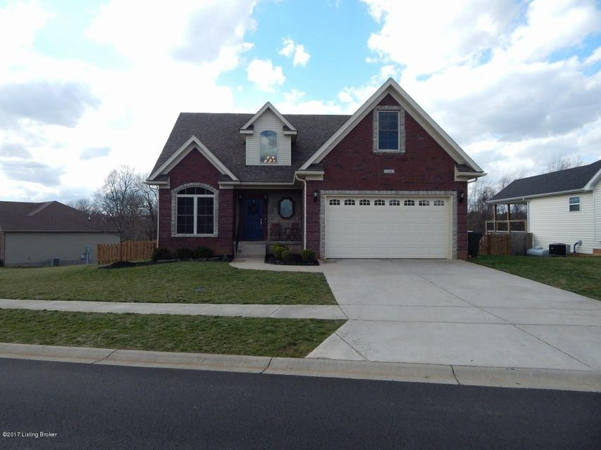Single Family Home for Sale at 116 E Piedmont Drive Vine Grove, Kentucky 40175 United States