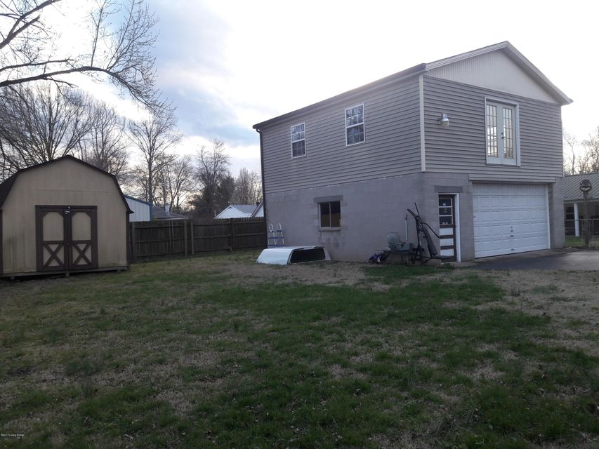 Additional photo for property listing at 6008 Alanadale Drive  Louisville, Kentucky 40272 United States