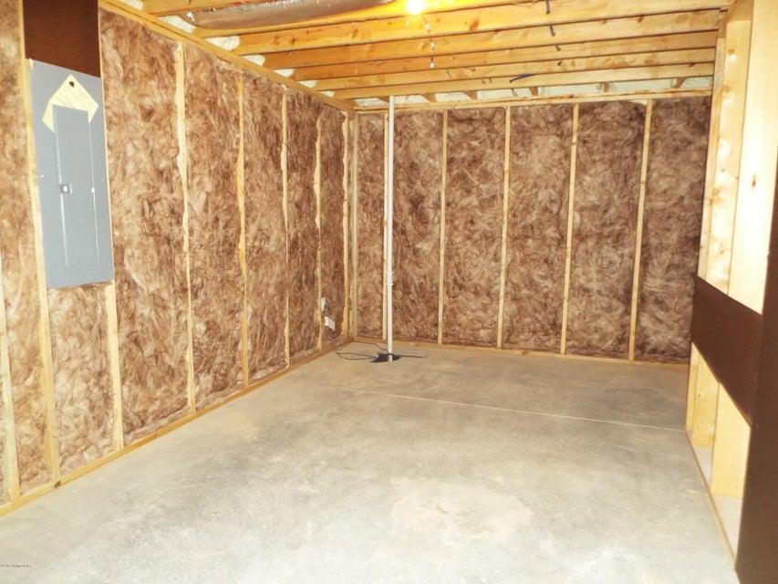 Additional photo for property listing at 910 Faulkirk Circle  Elizabethtown, Kentucky 42701 United States